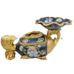 تحفة خزفية على شكل سمكة