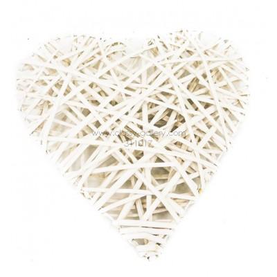 طوق خيزران خشبي أبيض بشكل قلب