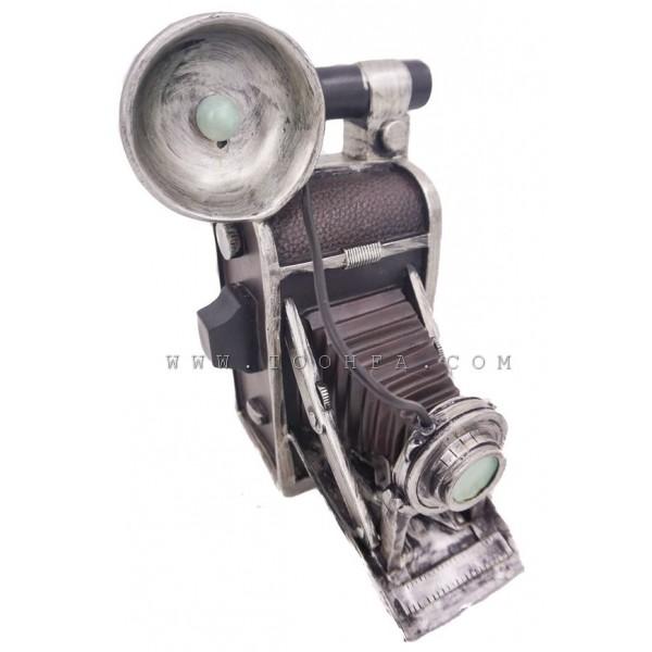 ديكور بشكل كاميرا قديمة