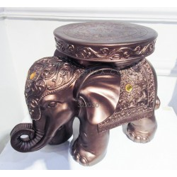 طاولة بشكل فيل