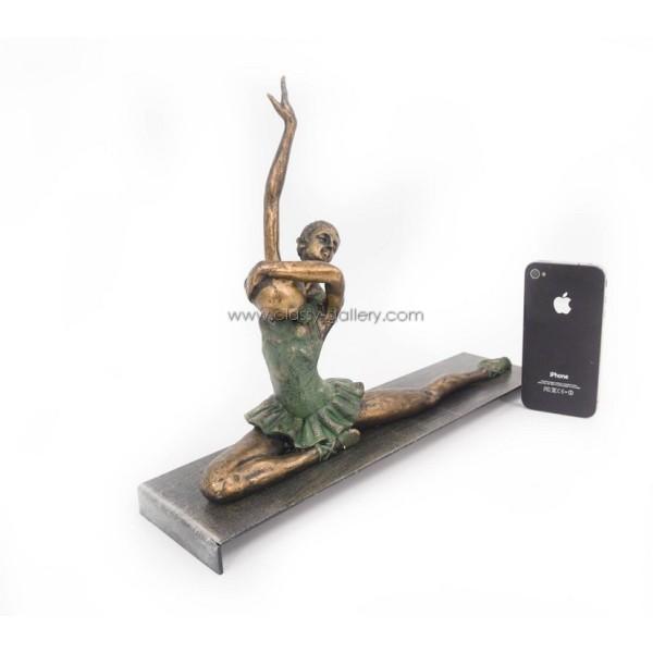 تمثال راقصة الباليه