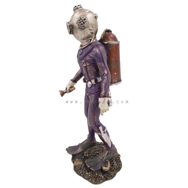 تحفة تمثال رجل غواص