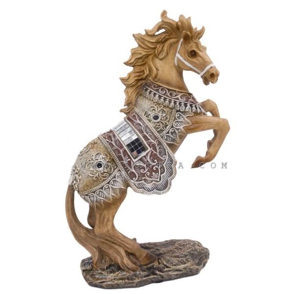 ديكور طاولة بشكل حصان