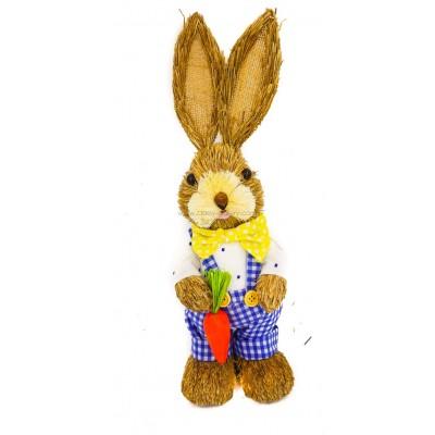 أرنب مصنوع من القش