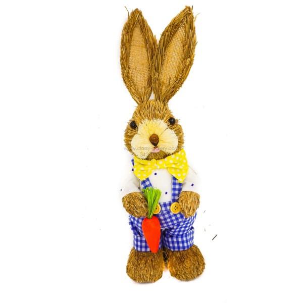 ارنب مصنوع من القش