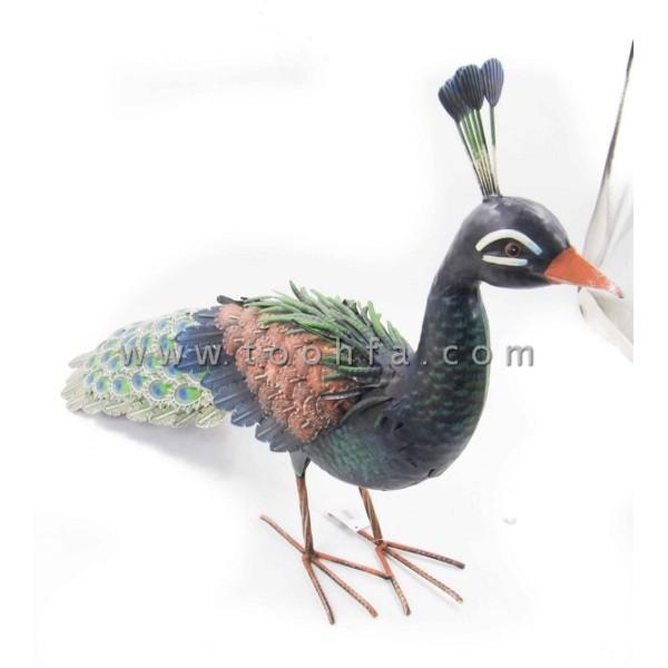 طاووس معدني