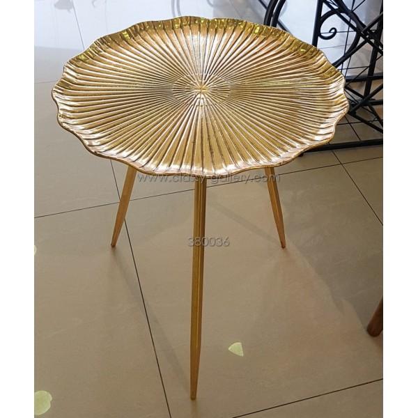طاولة معدنية L