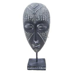 تحفة على شكل قناع افريقي