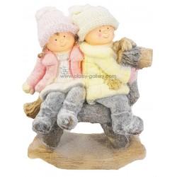 تمثال ولد وبنت الشتاء