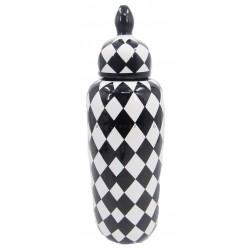 فازة بنقوش شطرنج