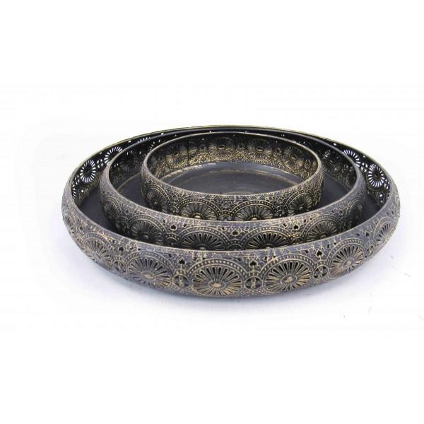 صواني تقديم معدنية دائرية