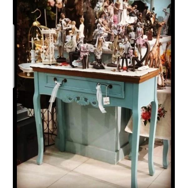 طاولة مدخل أزرق