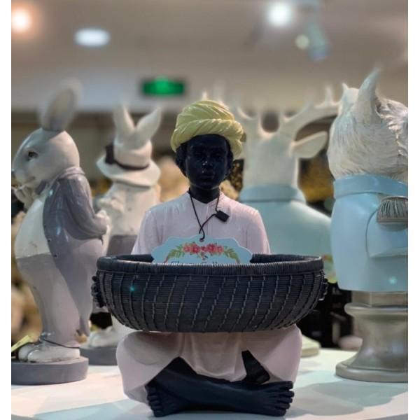 تمثال الرجل الهندي صغير( وردي