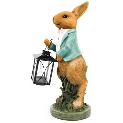 أرنب يحمل فانوس