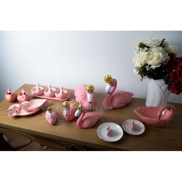 وعاء تقديم بشكل وزة وردية