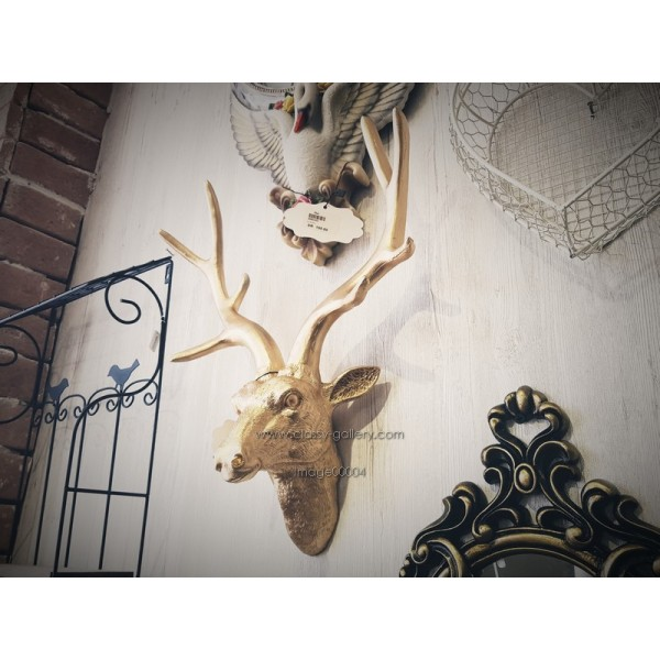 رأس غزال جداري مذهب