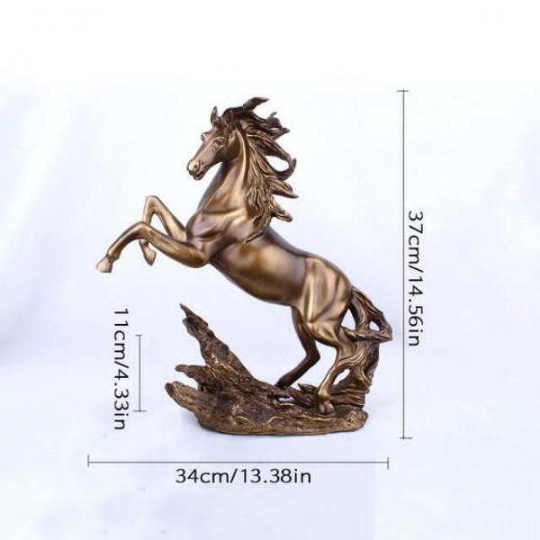 تمثال بشكل حصان